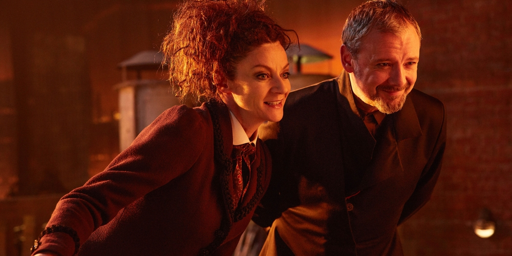 michelle-gomez-and-john-simm-in-doctor-who-season-10-finale
